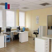 Kancelárie, Bratislava-Nové Mesto, 29 m², Kompletná rekonštrukcia