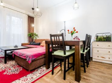 2,5i byt, 69 m2 – BA – Ružinov: so zateplenou loggiou a S VÝHĽADOM DO PARKU PLNÉHO ZELENE.