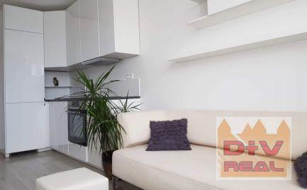 D+V real ponúka na predaj: 1 izbový byt, novostaba Oppidum, Bratislava II, Podunajské Biskupice, loggia, parkovacie státie v garáži, pivnica