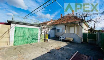 APEX reality 3i. RD na Rázusovej ul. v Hlohovci, 237 m2, garáž, pivnica, rožný dom