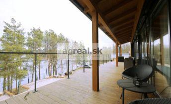 3-izbový luxusný zariadený dom v Lozorne pri jazere