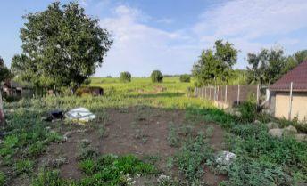 EXKLUZIVNE !..pozemok v obci Čeladice o výmere 697m2