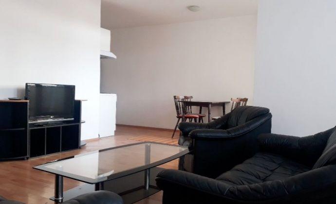 Pekný, svetlý byt s balkónom v novostavbe