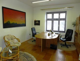 Prenájom kancelárske priestory 495 m2 s parkovaním