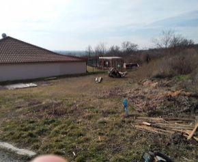 Predaj pozemku 885 m2  na Krížnom vrchu Levice 62 -14- MIK