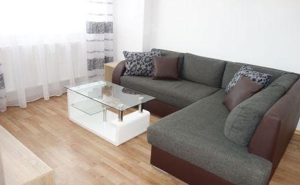 Zrekonštruovaný a zariadený 2-izbový byt s lodžiou v centre Trenčína