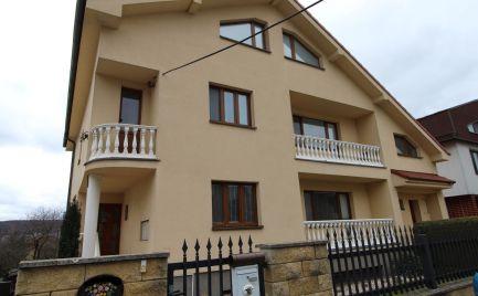 Predaj 2 rodinných domov na veľkorysom pozemku, Bratislava Lamač