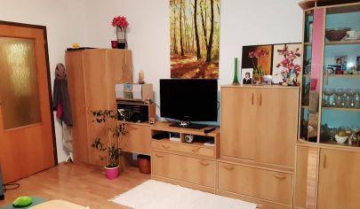 Na predaj 1-izbový byt na Rovniankovej ulici