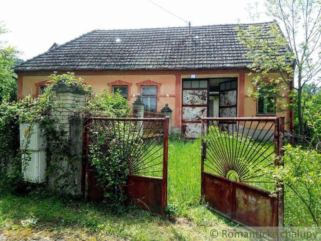 Poľnohospodársky objekt-Predaj-Bzince pod Javorinou-74500.00 €