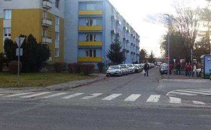 Na predaj trojizbový tehlový byt, Žiar nad Hronom.