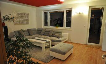 KRÁSNY a VEĽKÝ 3i byt na prenájom s balkónom