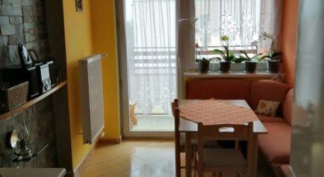 Kuchárek-real: Ponuka 2 izbového bytu  v širšom centre Pezinka.