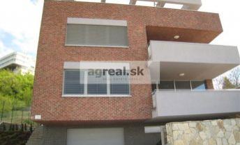 5-izbový byt na Bôriku, výhľad na Dunaj, terasa, garáž