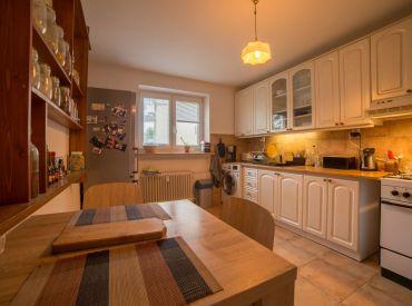 Predaj 2-izbového bytu na ulici Komenského, 68 m2, ideálny na investíciu!  3D obhliadka!!