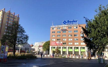 Predaj kancelárskych priestorov od 72,61 m2 až po 174,40 m2 na Námestí SNP.