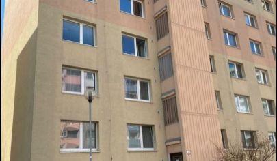 Priestranný, svetlý 3 izb. byt BA - Petržalka .Top Ponuka !!!
