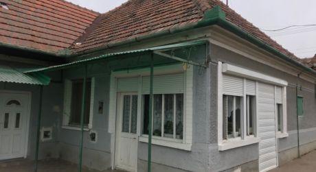 PREDAJ - 2 izbový rodinný dom v pôvodnom stave v Marcelovej