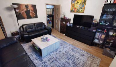 Na predaj 3i byt s loggiou v Petržalke