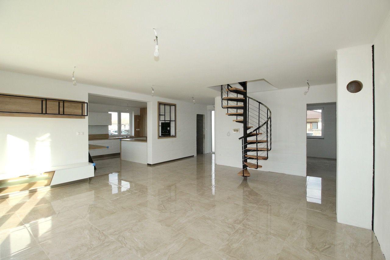 Rodinný dom-Predaj-Štvrtok na Ostrove-298000.00 €