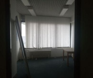 Ponúkame na prenájom kancelárske priestory v Žiari nad Hronom.