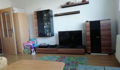 Priestranný 1 izbový byt 42 m2 v krásnej lokalite