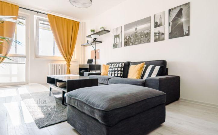PREDANÉ - RAJČIANSKA, 3-i byt, 70 m2 - KOMPLETNÁ REKONŠTRUKCIA, lesopark, CYKLOTRASA, ideálny pre mladú rodinu