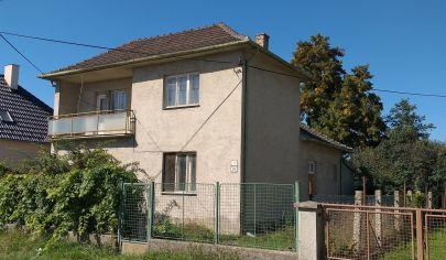 PREDAJ 2 poschodový, 5izbový RD, veľký pozemok 918m2, 2garáže Ivánka pri Dunaji