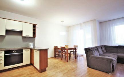 PREDAJ - zariadený 3i byt v Dúbravke s vlastným kotlom, BA IV.