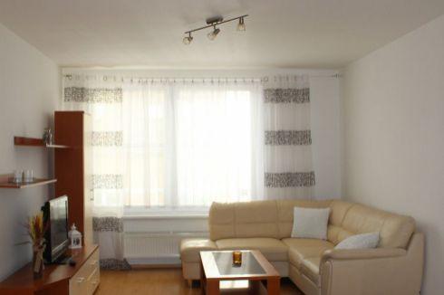 Prenájom - 2 izbový byt v centre Žiliny
