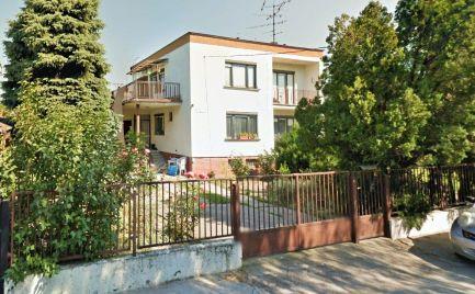 PREDAJ 4izb rodinný dom s montážnou jamou a veľkým pozemkom Podunajske Biskupice EXPIS REAL