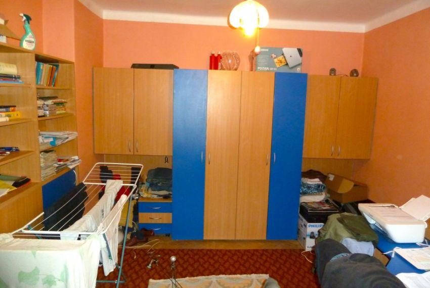 Predaj 3 izbový byt Cinobaňa-2