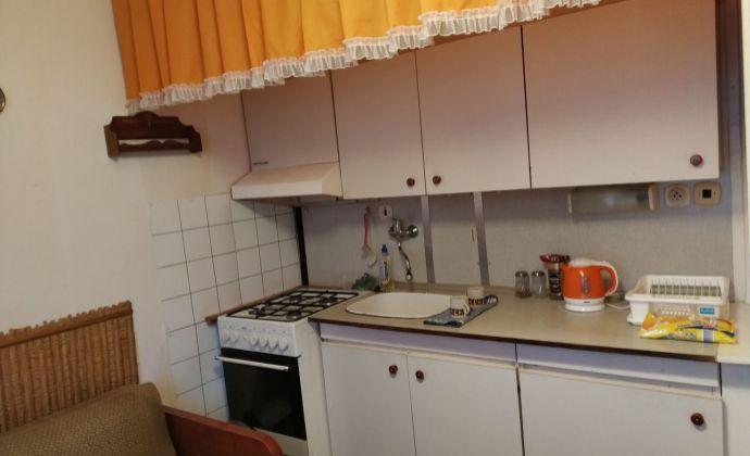 2- izbový byt, Martin – Priekopa, pôvodný stav, 2 balkóny