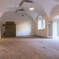 Obchodné, Levoča, 66 m², Čiastočná rekonštrukcia
