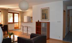 Prenájom 3 izb. bytu s veľkou terasou 60m2, 2 samostatne spálne, možnosť parkovania v garáži - Ružová dolina