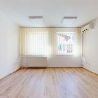 Kancelárie, Piešťany, 24 m², Kompletná rekonštrukcia
