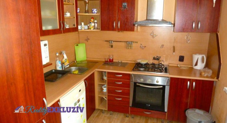 Na predaj 2 izbový byt s loggiou, v meste Lučenec