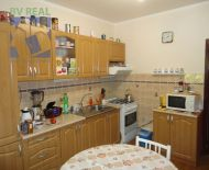 Na predaj 3 izbový byt 69 m2 Prievidza 70036