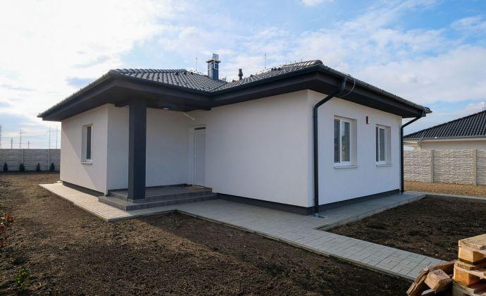 Útulný zariadený rodinný dom, novostavba, Most pri Bratislave- Studené