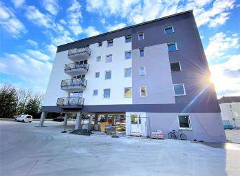 ***NA PREDAJ: Nový 3 izb. byt s veľkou logiiou v novom bytovom domes výťahom/ Malacky!!