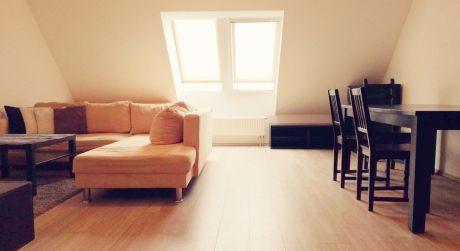2 - izbový byt 63m2 s výťahom kompletne zariadený, parkovacie miesto