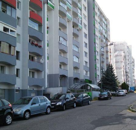 StarBrokers – PREDAJ 2-izb. byt 48 m2 + loggia na 1/9 p., ul. Ľudovíta Fullu, Karlova Ves - Dlhé Diely, Bratislava