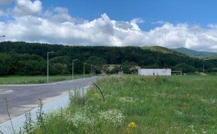 Pozemok vhodný na stavbu rod. domu -  Horné Motešice