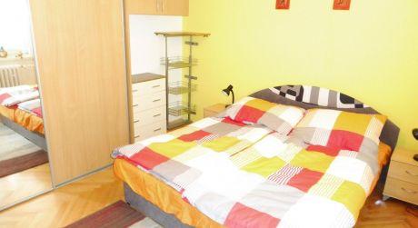 Na prenájom zariadený 2 izbový byt, 53 m2, Trenčín, ul. 28.októbra