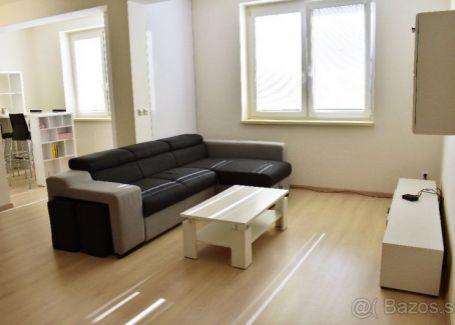 Novostavba 2-izb.byt centrum Banská Bystrica prenájom