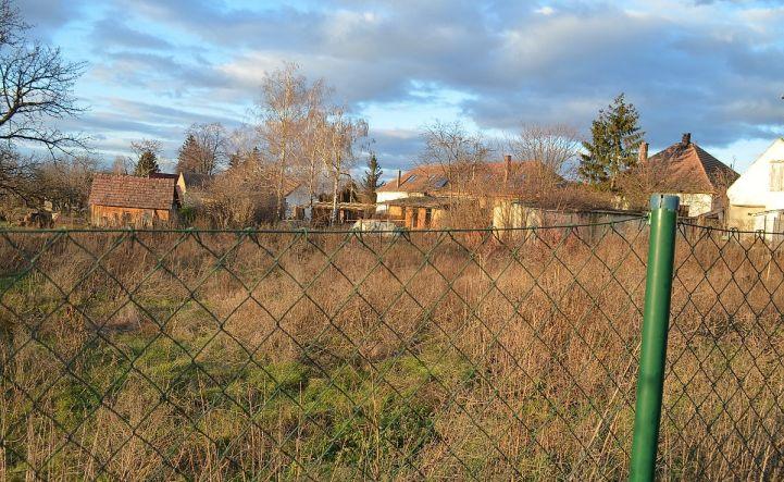 Pozemok na výstavbu, tiché miesto, záhrada, Hrubý Šúr