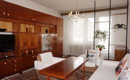 REZERVOVANÝ 2 izbový byt s veľkým potenciálom exkluzívne
