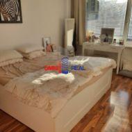 Priestranný 2,5 izb. byt, Kresánkova ul., 67 m2 + loggia, šatník, parkovacie miesto
