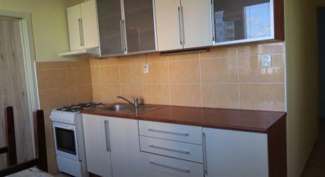 Luxusný 3 izbový byt do prenájmu v Nových Zámkoch sídlisko JUH.