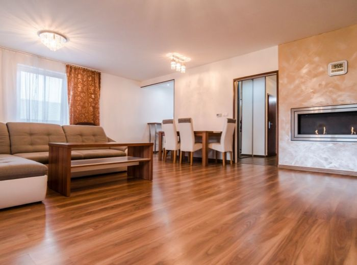 HOLUBIA , 4-i dom, 137 m2 - POZEMOK 387 m2, pokoj, ticho a súkromie, MESAČNÉ NÁKLADY LEN 53 EUR, krytá terasa