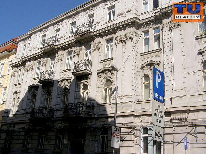 4-izbový byt-Predaj-Bratislava - mestská časť Staré Mesto-415000.00 €